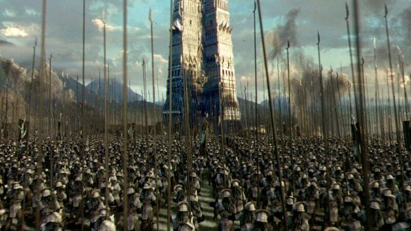 Uruk hais frente a la torre de Saruman en El Señor De Los Anillos: Las Dos Torres