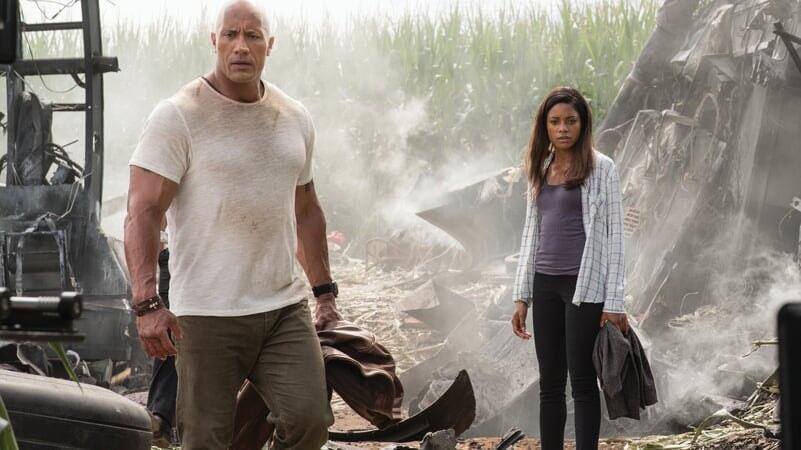 Davis y Kate sorprendidos en Rampage: Devastación