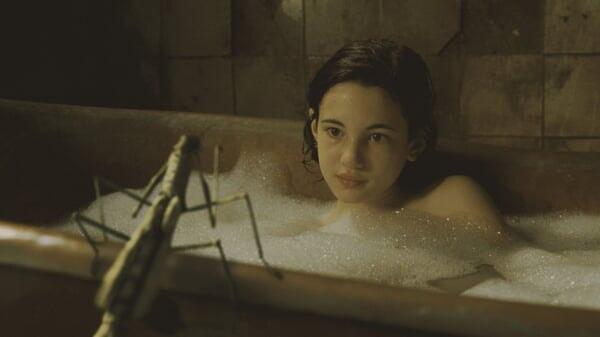 Ofelia en la bañera en El Laberinto Del Fauno