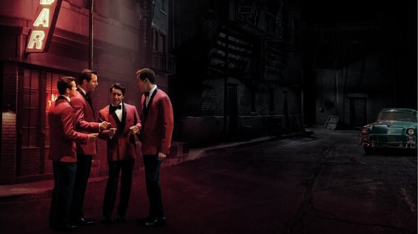 Frankie, Bob, Nick y Tommy en Jersey Boys: Persiguiendo La Música