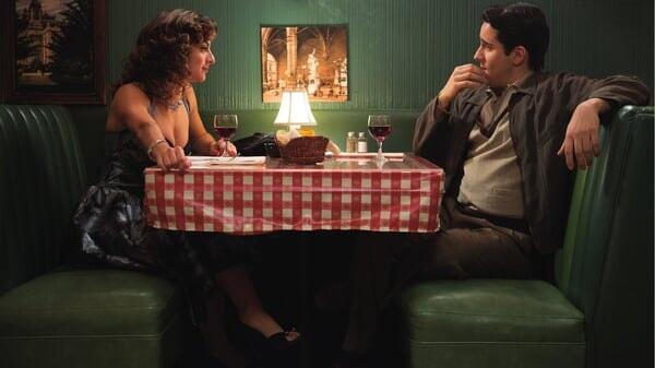 Frankie cenando en Jersey Boys: Persiguiendo La Música