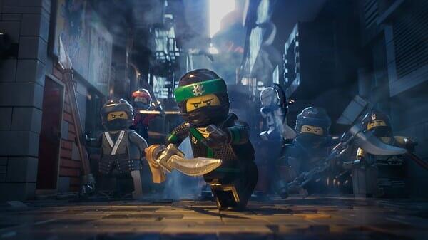 Lloyd con ninjas en Lego Ninjago La Película