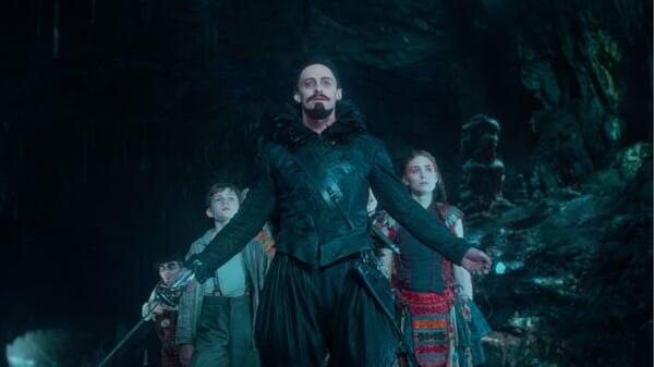 Barbanegra, con los niños en Peter Pan