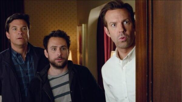 Nick, Dale y Kurt sorprendidos en Quiero Matar a Mi Jefe 2