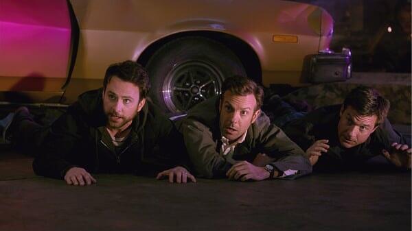 Nick, Dale y Kurt en el suelo en Quiero Matar a Mi Jefe 2