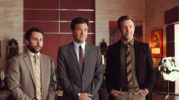 Nick, Dale y Kurt en la oficina en Quiero Matar a Mi Jefe 2