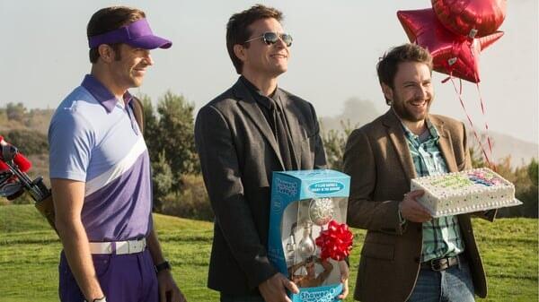 Nick, Dale y Kurt en el campo en Quiero Matar a Mi Jefe 2