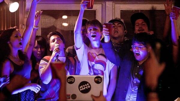 Thom y Costa cantando Proyecto X