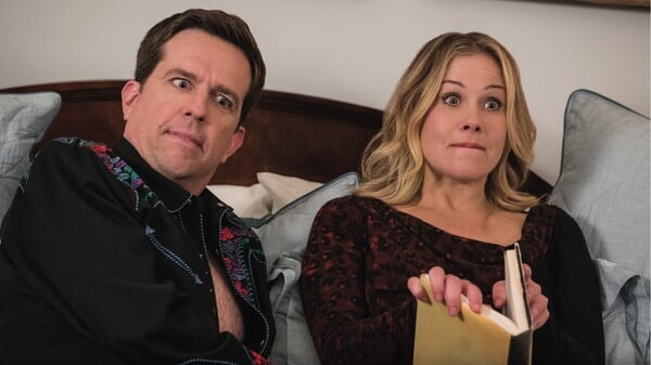 Russell y Debbie confundidos en Vacaciones